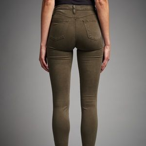 • Anthro J Brand High-Waisted Skinny Green Jeans •